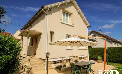 Maison Flins sur Seine &bull; <span class='offer-area-number'>90</span> m² environ &bull; <span class='offer-rooms-number'>4</span> pièces