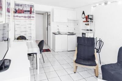 Appartement Le Grau du Roi &bull; <span class='offer-area-number'>22</span> m² environ