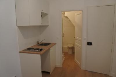 Appartement Paris 16 &bull; <span class='offer-area-number'>13</span> m² environ &bull; <span class='offer-rooms-number'>1</span> pièce