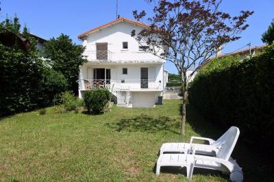 Maison Ronce les Bains &bull; <span class='offer-area-number'>137</span> m² environ &bull; <span class='offer-rooms-number'>7</span> pièces