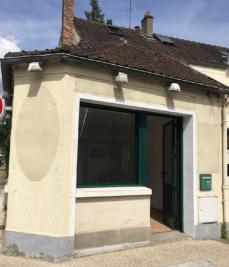 Autre Le Mesnil St Denis &bull; <span class='offer-area-number'>50</span> m² environ