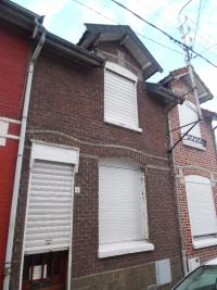 Maison Marly &bull; <span class='offer-area-number'>98</span> m² environ &bull; <span class='offer-rooms-number'>4</span> pièces