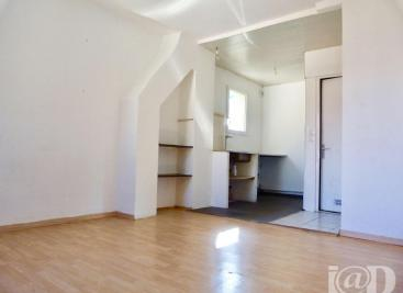 Appartement Tournan en Brie &bull; <span class='offer-area-number'>19</span> m² environ &bull; <span class='offer-rooms-number'>1</span> pièce