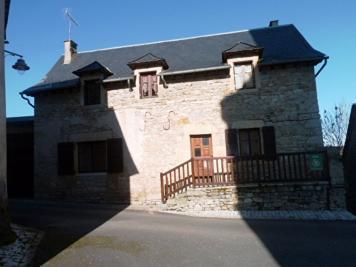 Maison Pierrefiche &bull; <span class='offer-area-number'>90</span> m² environ &bull; <span class='offer-rooms-number'>4</span> pièces