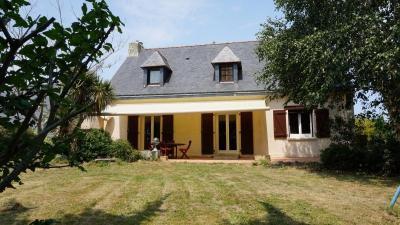 Maison Le Trevoux &bull; <span class='offer-area-number'>145</span> m² environ &bull; <span class='offer-rooms-number'>5</span> pièces
