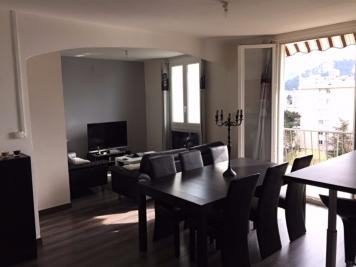 Appartement Marseille 09 &bull; <span class='offer-area-number'>63</span> m² environ &bull; <span class='offer-rooms-number'>3</span> pièces