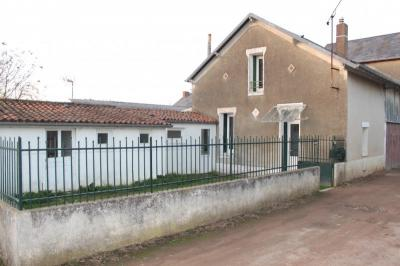Maison Thouars &bull; <span class='offer-area-number'>59</span> m² environ &bull; <span class='offer-rooms-number'>3</span> pièces