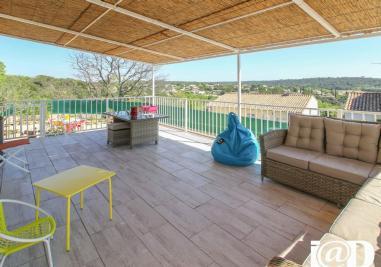 Maison Montpezat &bull; <span class='offer-area-number'>102</span> m² environ &bull; <span class='offer-rooms-number'>4</span> pièces