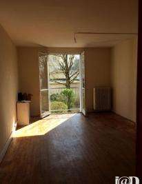 Appartement Compiegne &bull; <span class='offer-area-number'>55</span> m² environ &bull; <span class='offer-rooms-number'>3</span> pièces