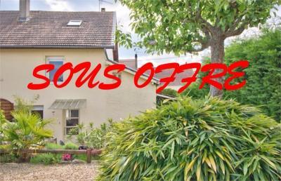 Maison Damparis &bull; <span class='offer-area-number'>120</span> m² environ &bull; <span class='offer-rooms-number'>5</span> pièces