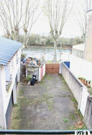Immeuble Chalonnes sur Loire &bull; <span class='offer-area-number'>250</span> m² environ &bull; <span class='offer-rooms-number'>18</span> pièces