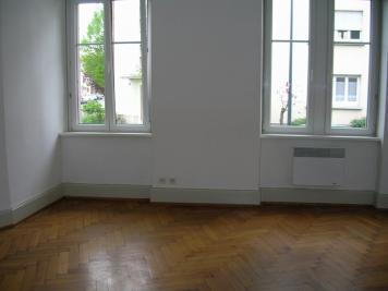 Appartement Selestat &bull; <span class='offer-area-number'>66</span> m² environ &bull; <span class='offer-rooms-number'>3</span> pièces