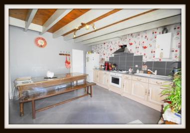 Maison Venansault &bull; <span class='offer-area-number'>120</span> m² environ &bull; <span class='offer-rooms-number'>5</span> pièces