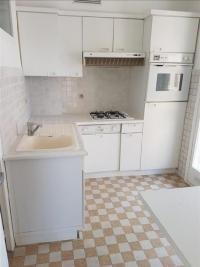 Appartement Aubagne &bull; <span class='offer-area-number'>86</span> m² environ &bull; <span class='offer-rooms-number'>5</span> pièces