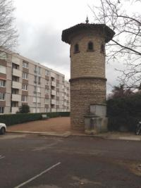 Appartement Decines Charpieu &bull; <span class='offer-area-number'>86</span> m² environ &bull; <span class='offer-rooms-number'>5</span> pièces