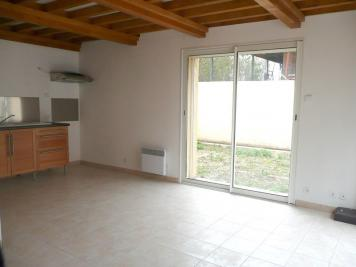 Appartement Les Abrets &bull; <span class='offer-area-number'>40</span> m² environ &bull; <span class='offer-rooms-number'>2</span> pièces