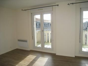 Appartement Orleans &bull; <span class='offer-area-number'>33</span> m² environ &bull; <span class='offer-rooms-number'>1</span> pièce