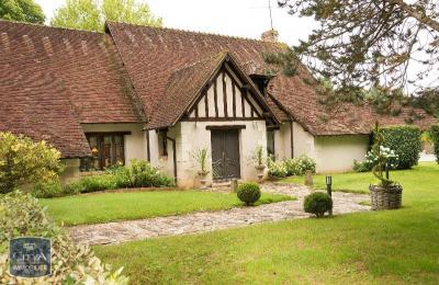 Maison Etrechet &bull; <span class='offer-area-number'>660</span> m² environ &bull; <span class='offer-rooms-number'>7</span> pièces