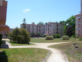 Appartement Gradignan &bull; <span class='offer-area-number'>70</span> m² environ &bull; <span class='offer-rooms-number'>3</span> pièces
