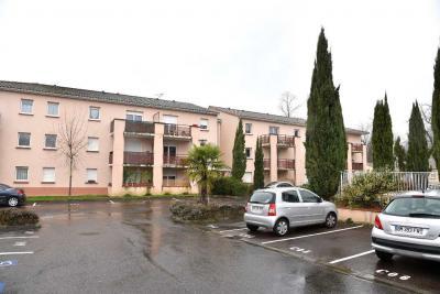 Appartement Castelsarrasin &bull; <span class='offer-area-number'>36</span> m² environ &bull; <span class='offer-rooms-number'>2</span> pièces