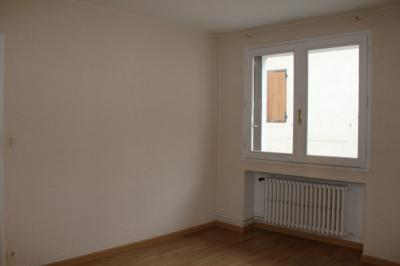 Appartement Chatte &bull; <span class='offer-area-number'>53</span> m² environ &bull; <span class='offer-rooms-number'>3</span> pièces