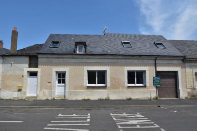 Maison Beaufort en Vallee &bull; <span class='offer-area-number'>125</span> m² environ &bull; <span class='offer-rooms-number'>6</span> pièces