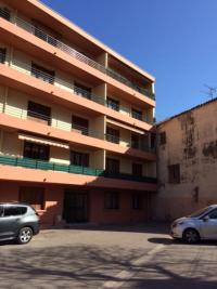 Appartement Gardanne &bull; <span class='offer-area-number'>73</span> m² environ &bull; <span class='offer-rooms-number'>3</span> pièces