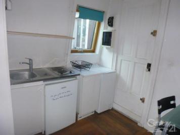 Appartement Paris 17 &bull; <span class='offer-area-number'>18</span> m² environ &bull; <span class='offer-rooms-number'>1</span> pièce