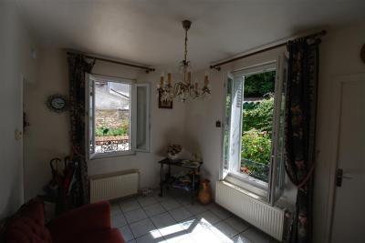 Maison St Maur des Fosses &bull; <span class='offer-area-number'>48</span> m² environ &bull; <span class='offer-rooms-number'>2</span> pièces