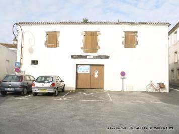 Maison Beauvoir sur Mer &bull; <span class='offer-area-number'>200</span> m² environ &bull; <span class='offer-rooms-number'>5</span> pièces