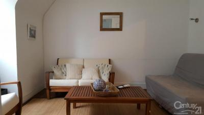 Appartement St Valery en Caux &bull; <span class='offer-area-number'>40</span> m² environ &bull; <span class='offer-rooms-number'>4</span> pièces