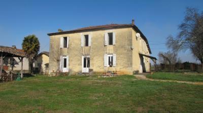 Maison Frontenac &bull; <span class='offer-area-number'>200</span> m² environ &bull; <span class='offer-rooms-number'>10</span> pièces