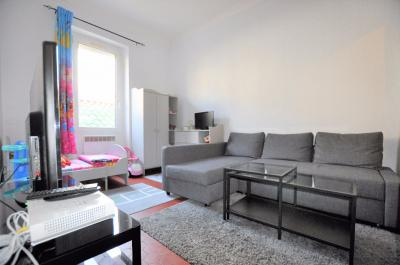 Appartement Marseille 05 &bull; <span class='offer-area-number'>39</span> m² environ &bull; <span class='offer-rooms-number'>2</span> pièces