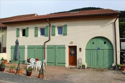 Maison Moussey &bull; <span class='offer-area-number'>163</span> m² environ &bull; <span class='offer-rooms-number'>7</span> pièces