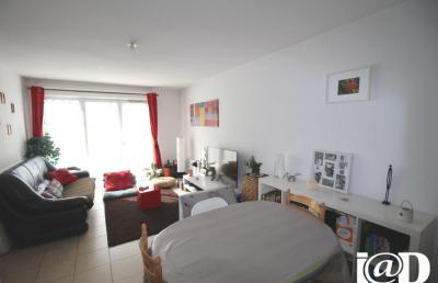 Appartement Artigues Pres Bordeaux &bull; <span class='offer-area-number'>65</span> m² environ &bull; <span class='offer-rooms-number'>3</span> pièces
