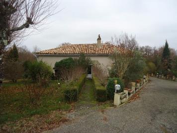 Maison Lauzerte &bull; <span class='offer-area-number'>117</span> m² environ &bull; <span class='offer-rooms-number'>5</span> pièces