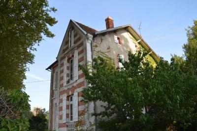 Maison Venerque &bull; <span class='offer-area-number'>159</span> m² environ &bull; <span class='offer-rooms-number'>7</span> pièces