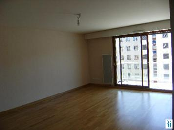 Appartement Deville les Rouen &bull; <span class='offer-area-number'>82</span> m² environ &bull; <span class='offer-rooms-number'>4</span> pièces