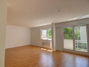 Appartement Fegersheim &bull; <span class='offer-area-number'>84</span> m² environ &bull; <span class='offer-rooms-number'>3</span> pièces