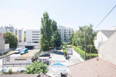 Appartement Les Lilas &bull; <span class='offer-area-number'>13</span> m² environ &bull; <span class='offer-rooms-number'>2</span> pièces