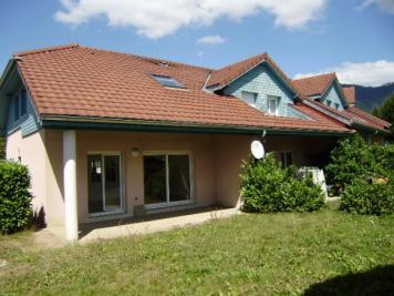 Maison Viuz en Sallaz &bull; <span class='offer-area-number'>104</span> m² environ