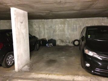 Parking Montrouge &bull; <span class='offer-area-number'>10</span> m² environ