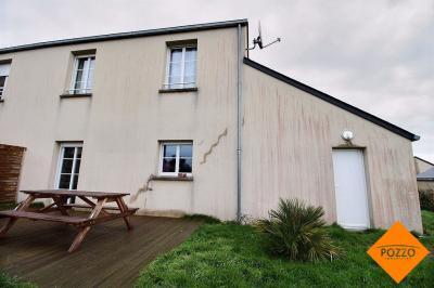 Maison Tourville sur Sienne &bull; <span class='offer-area-number'>90</span> m² environ &bull; <span class='offer-rooms-number'>5</span> pièces