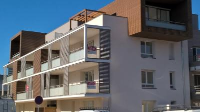 Appartement Coublevie &bull; <span class='offer-area-number'>66</span> m² environ &bull; <span class='offer-rooms-number'>3</span> pièces