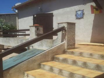 Villa St Cyr sur Mer &bull; <span class='offer-area-number'>90</span> m² environ &bull; <span class='offer-rooms-number'>3</span> pièces