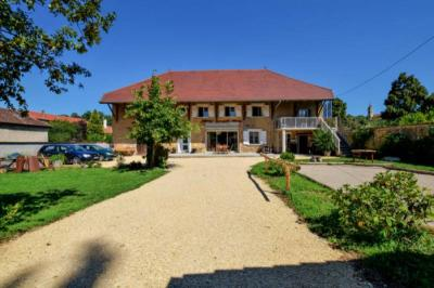 Maison Le Grand Lemps &bull; <span class='offer-area-number'>250</span> m² environ &bull; <span class='offer-rooms-number'>7</span> pièces