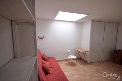Appartement Paris 13 &bull; <span class='offer-area-number'>20</span> m² environ &bull; <span class='offer-rooms-number'>1</span> pièce