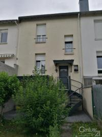 Maison St Max &bull; <span class='offer-area-number'>75</span> m² environ &bull; <span class='offer-rooms-number'>3</span> pièces