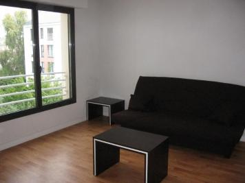 Appartement Laval &bull; <span class='offer-area-number'>25</span> m² environ &bull; <span class='offer-rooms-number'>1</span> pièce