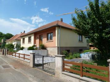 Maison Hangenbieten &bull; <span class='offer-area-number'>93</span> m² environ &bull; <span class='offer-rooms-number'>4</span> pièces